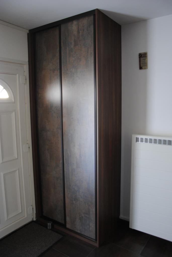 Petit placard entrée 2 vantaux coulissantes